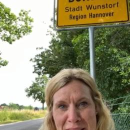 Rebecca in Wunstdorf unterwegs