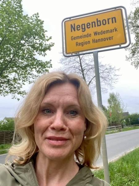 """Rebecca unterwegs"" in Negenborn, Wedemark"