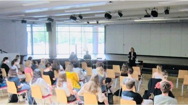 Gymnasium Isernhagen 1