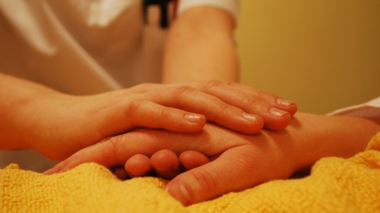 Mehr Würde in der Pflege